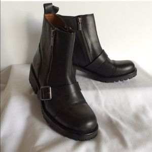 NWOT Lucky brand black leather boots