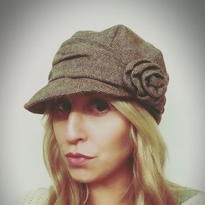 San Diego Hat Company Accessories - ADORABLE brown hat