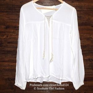 Southern Girl Fashion Tops - PEASANT BLOUSE Bohemian Lace Up Tassel Tunic Top