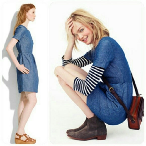 e0a4835213a Madewell Dresses   Skirts - Celebrity fave Madewell Chambray Songbird Dress