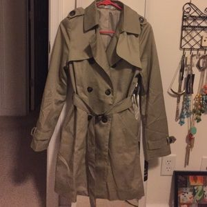 Tobi trench coat size small NWT