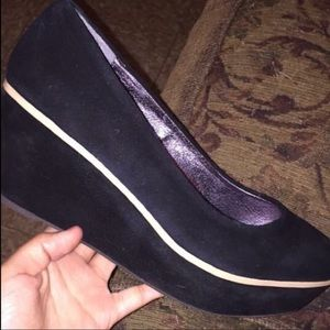 Shoes - Size 8 wedges