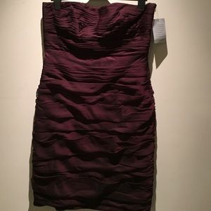 Monique Lhuillier Dresses & Skirts - Monique lhuillier eggplant formal strapless dress