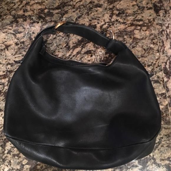 e46ef837a00 Gucci Handbags - Gucci horsebit hobo