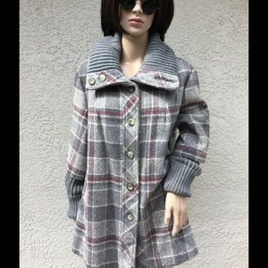vintage 80's wool/knit button cardigan/sweater L
