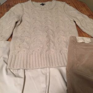 Ann Taylor Sweaters - 2/30$ PEARL EMBELLISHED SWEATER🎀
