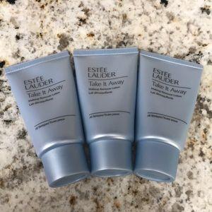 Estée Lauder makeup remover lotion
