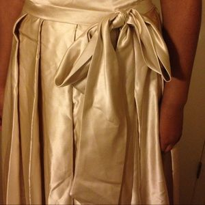 Dresses - Stunning tank ball gown with pockets