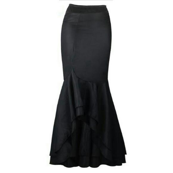 DirtyGirly Skirts - ***PRICE DROPPED *** Medium Ruffled Mermaid Skirt