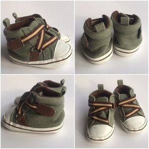 Luvable Friends  Other - New Luvable Friends boys shoes 0-6 months green