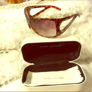 Marc Jacobs sunnies