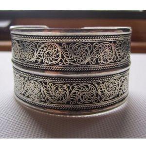 1ac1c35d9a7 Jewelry - Free size Antique silver filigree cuff