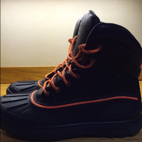 Nike ACG Boots. Brand New!! Look at Pictures!!!