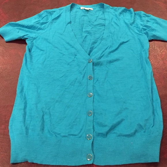 Banana Republic - Banana Republic V short-sleeve turquoise ...