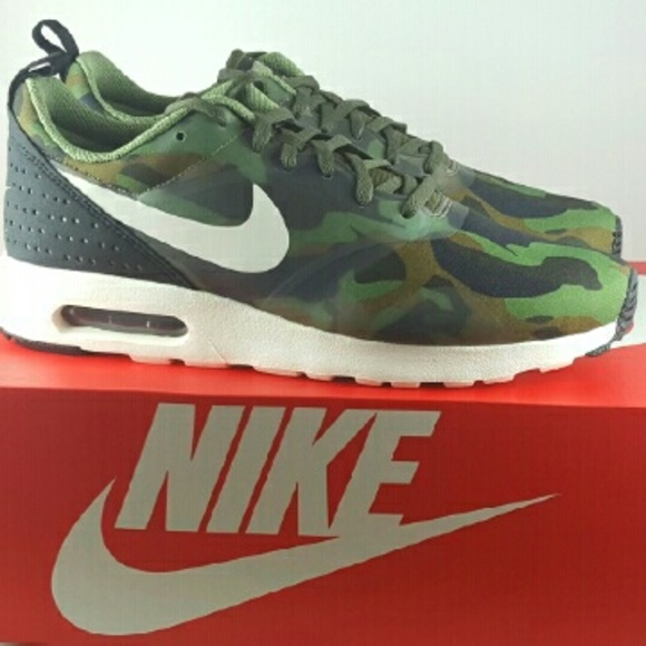 Nike Air Max Tavas SE Camouflage Training Shoe