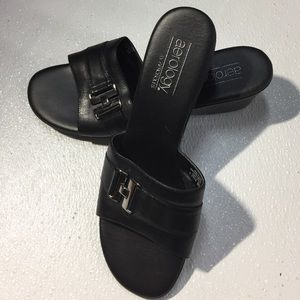 aerology Shoes - Just a beautiful slip on sandals
