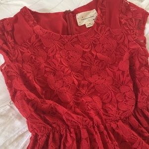 Lower price! Feminine lace dress in holiday red.