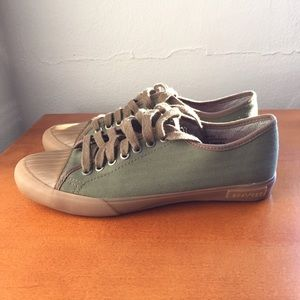 SeaVees Other - Men's olive green shoe