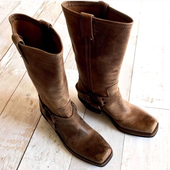 52 bcbgirls shoes bcbg like new leather moto boots