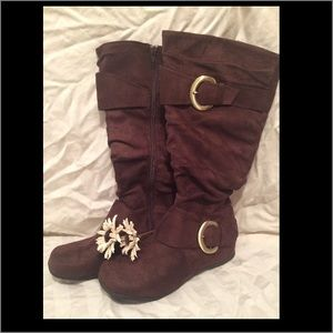 Journee Collection Shoes - Journee boots. Size 8