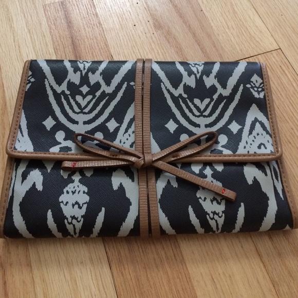 40 off Stella Dot Handbags Stella Dot Bring Your Bling