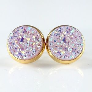 thejeweladdict Jewelry - 3 for 15🎀lightest lavender faux druzy gold studs