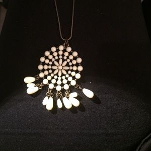 Monsoon Jewelry - Accessorize cream/  off white necklace