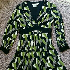 Maggy London Dresses & Skirts - Maggy London geo print dress
