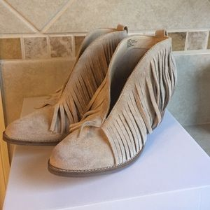 coconuts Shoes - Fringe booties