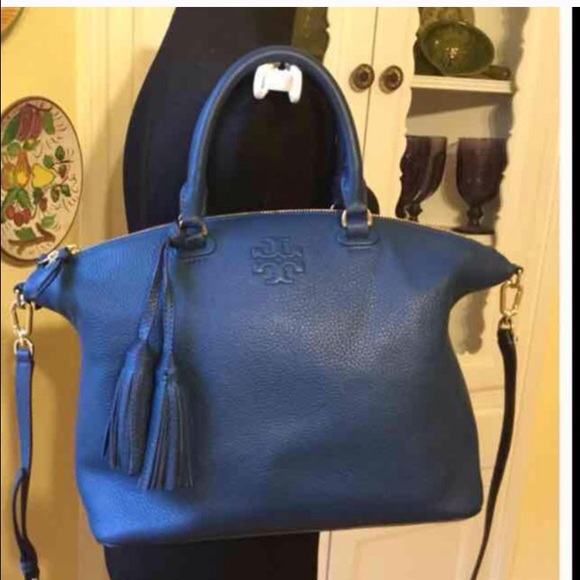 40b8e4e92b79 Tory Burch Thea Medium Slouchy Bag in Tidal Wave. M 5827817d6a5830f4ab04241f