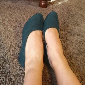 NEW Hunter Green Faux Suede Ballet Flats 8.5