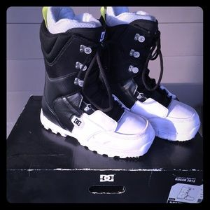 Mens Dc Shoe Company Snowboard Boots