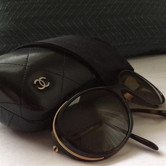64511ce2b226 CHANEL Accessories - Chanel Sunglasses   case • EUC