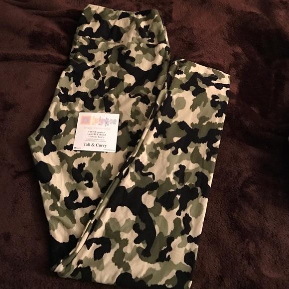1a55fc728f092f LuLaRoe Pants | Brand New Camo Leggings | Poshmark