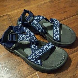 The North Face Shoes - The North Face sandals size 7