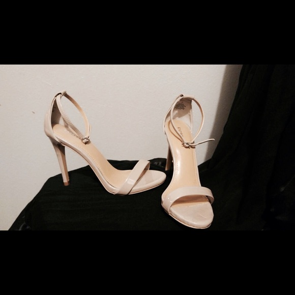 43f71333b11 Express Shoes - Express Nude Strappy Heels