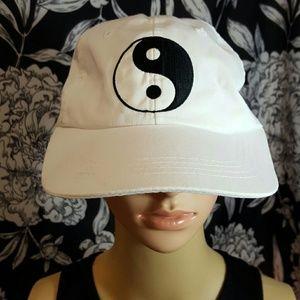 90s vintage Ying yang baseball hat