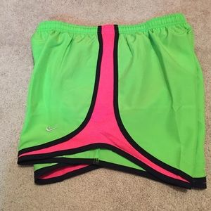 Nike Pants - NWT size medium Nike shirt