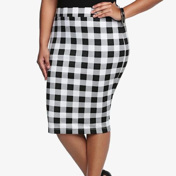 9fd963e277f LOWEST Torrid Size 2 Checkered Plaid Pencil Skirt