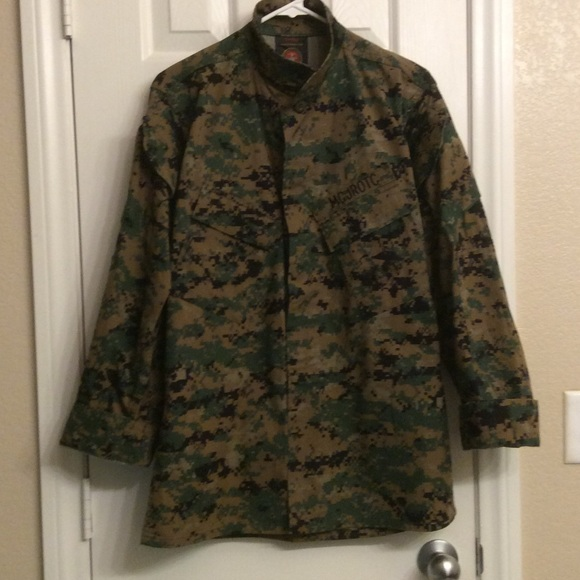 Buy Authentic Military Vintage M Field Jacket, Woodland Camo, Large: Shop top fashion brands Outerwear at gravitybox.ga FREE DELIVERY and Returns possible on eligible purchases/5(2).