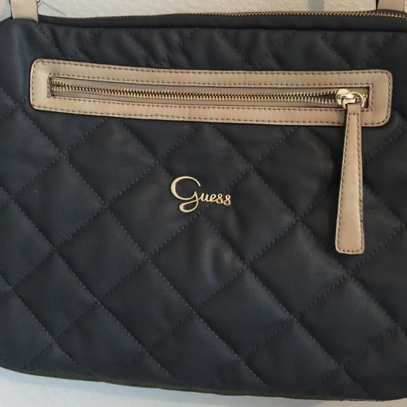 Guess Bags   Laptop Bag   Poshmark ebc2f881c3