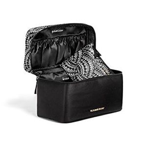 Travel case for your lingerie