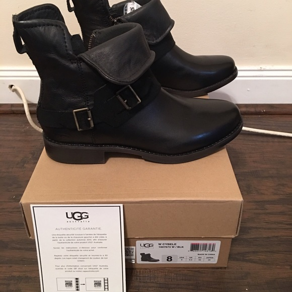 54fb9972308 Ugg Cybele ankle bootie NWT