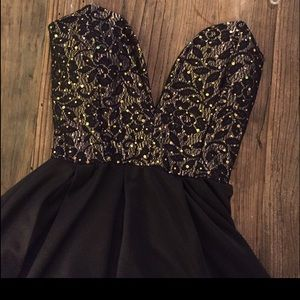 Dresses & Skirts - Black with gold sparkles cocktail dress