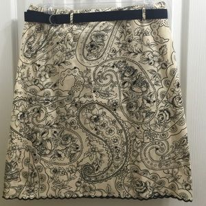 Grace Elements Dresses & Skirts - Grace Elements scalloped paisley floral skirt