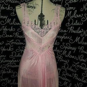 ❤VALENTINES Classy Vintage night gown