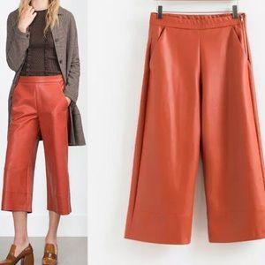 Zara Faux-leather culottes in brick medium new