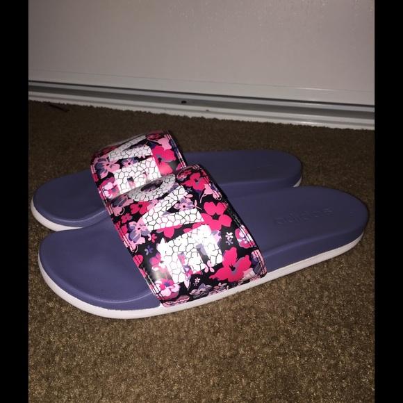Adidas zapatos amor diapositivas poshmark