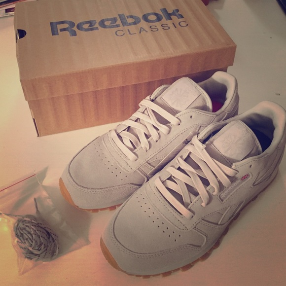 406635a1ca1acb Deadstock Reebok x Kendrick Lamar Sneaker sz 39