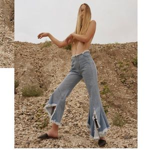 Super flared denim jeans mid rise frayed wide legs